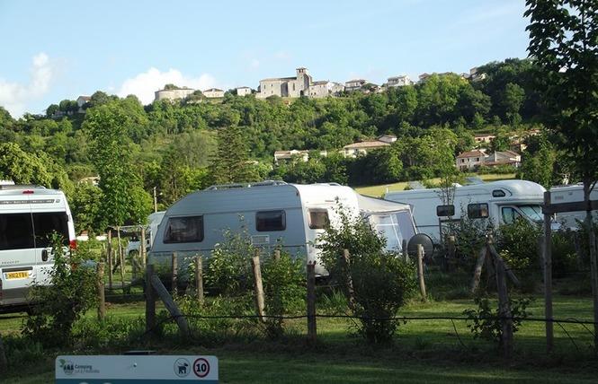 Camping Lot et Bastides 16 - Pujols