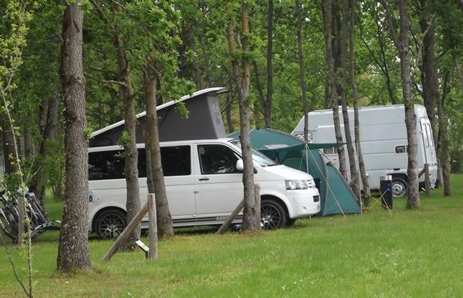 Camping Lot et Bastides 14 - Pujols