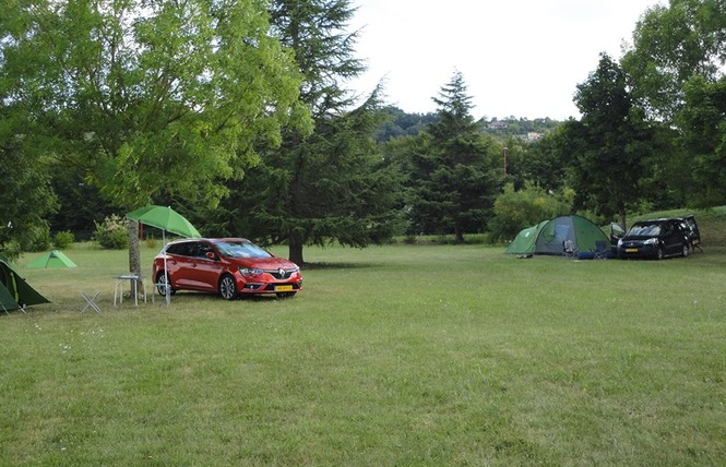 Camping Lot et Bastides 8 - Pujols