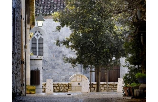 Visite du village médiéval de Pujols 1 - Pujols